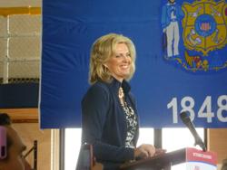 2012-11-05-Ann_Romney_Marquette_University_rally_2.JPG