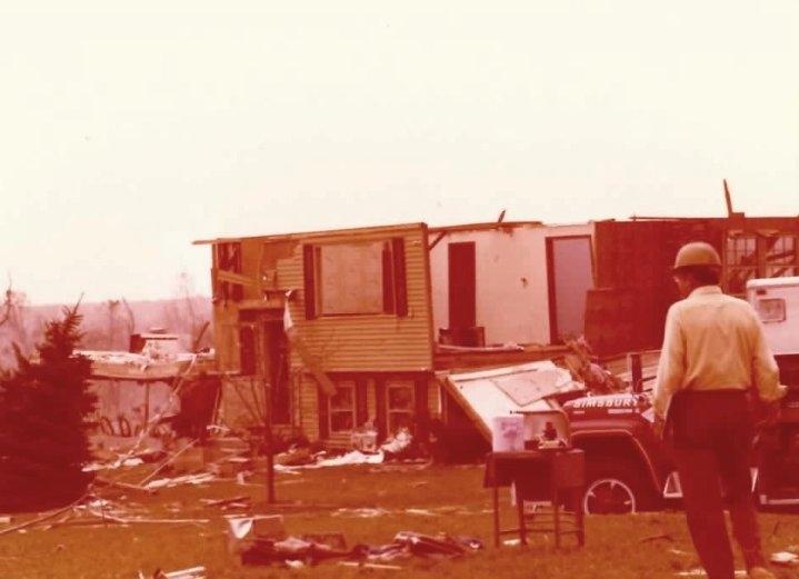 2012-11-05-tornado2.JPG