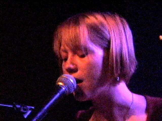 2012-11-08-singer.jpg