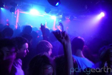2012-11-09-socialclub_s460.jpg