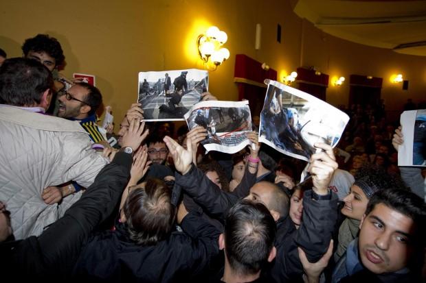 2012-11-16-bersanicontestato.jpg
