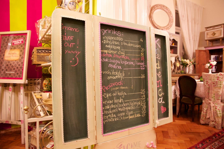 2012-11-17-Croatiakredenca.jpg