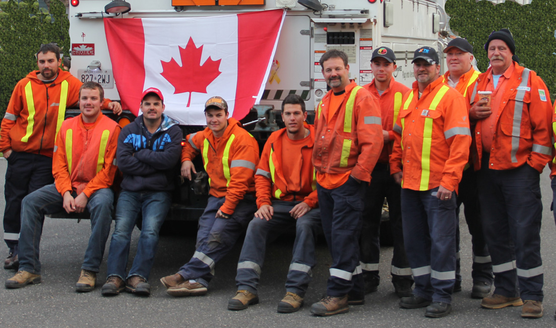 2012-11-18-CanadianUtilityWorkers.jpg