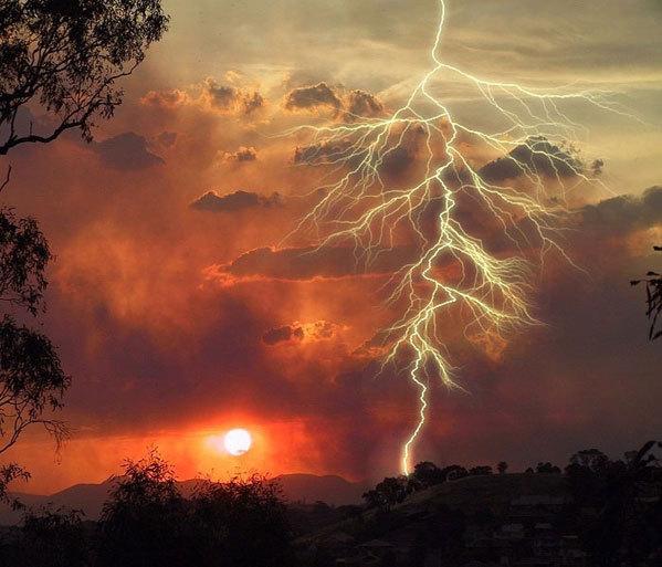 2012-11-18-lightning.jpg