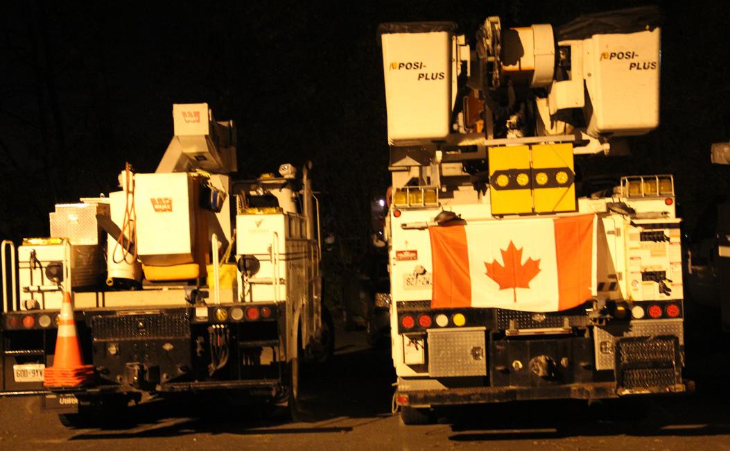 2012-11-18-trucksdatnight.jpg