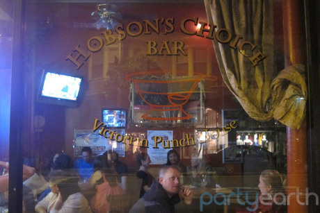 2012-11-21-hobsonschoicebar_HostelBookers.jpg
