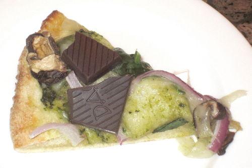 2012-11-22-pizzachocsmall.JPG