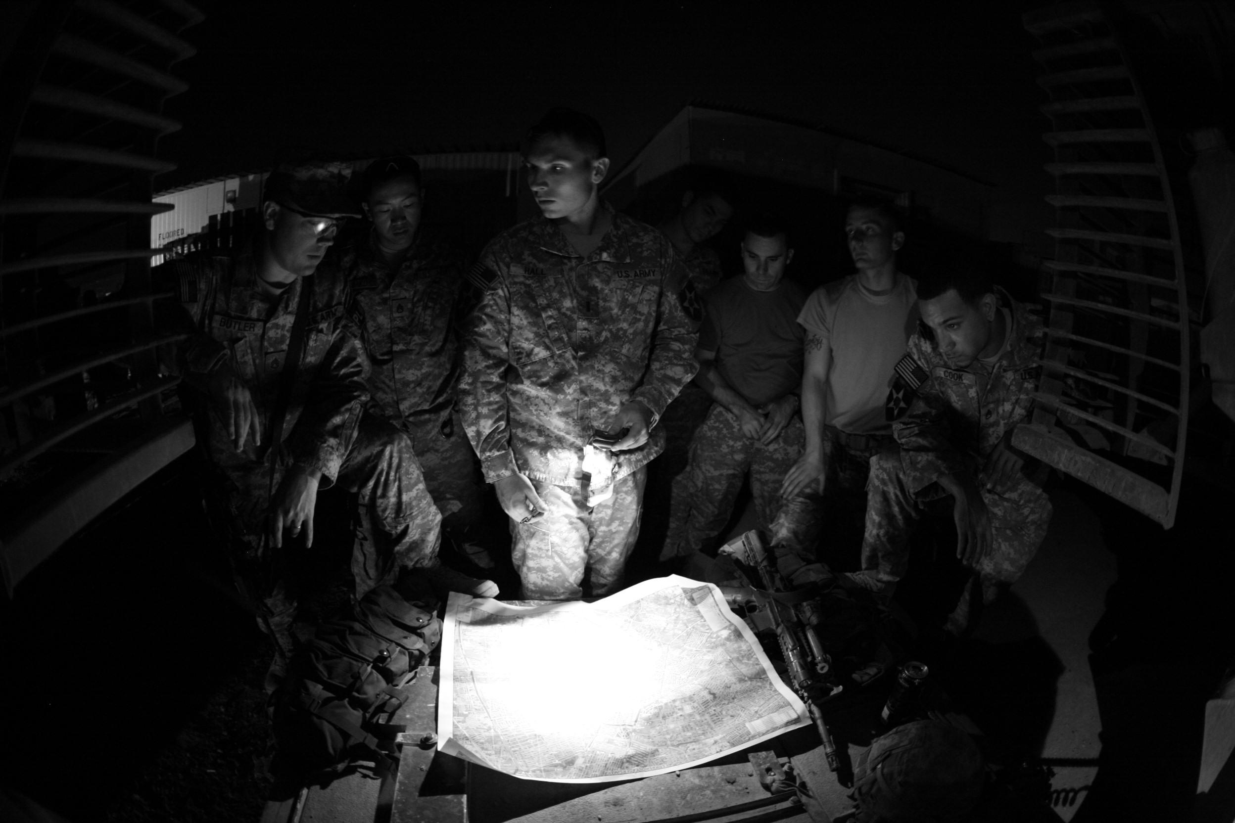 2012-11-26-BaghdadBriefingScoutandSniperTeamLeadersintheGreenZonePriortoaRaid2.jpg