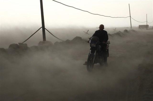 2012-11-30-coalashpollutioninchina.jpg