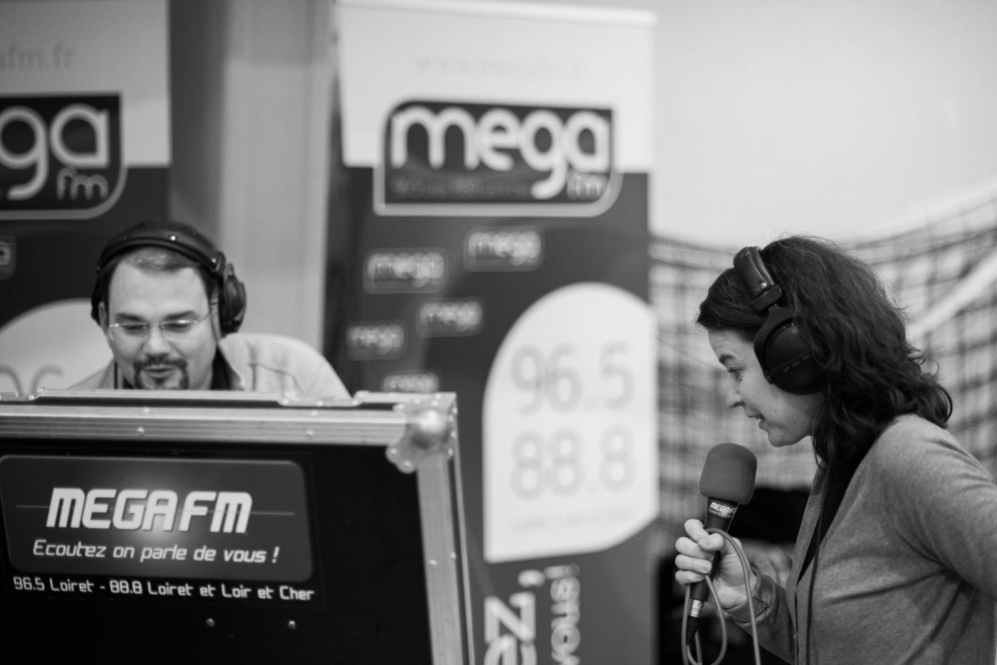 2012-12-03-Photo_Mega_FM_3.jpg