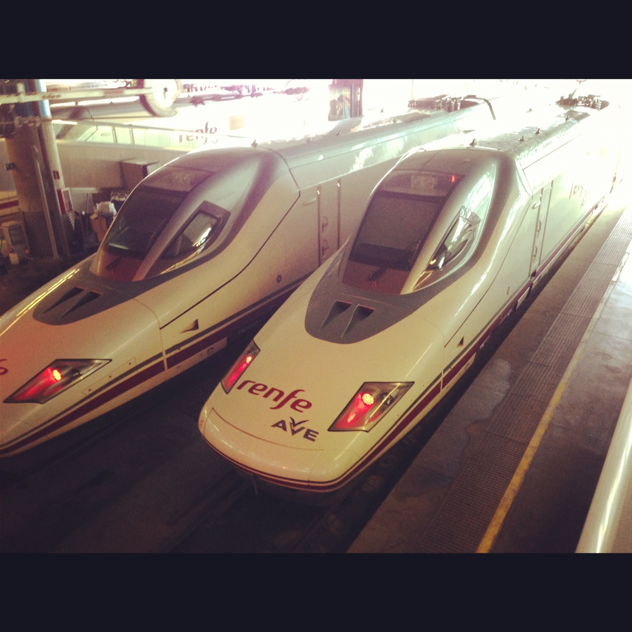 2012-12-04-fasttrain.JPG