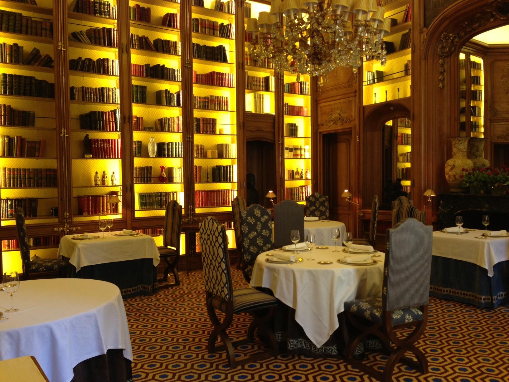 2012-12-04-restaurant2.JPG