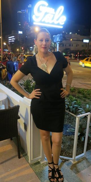 2012-12-10-AmySaccoatTheGaleHomeofMiamisBungalow8.JPG