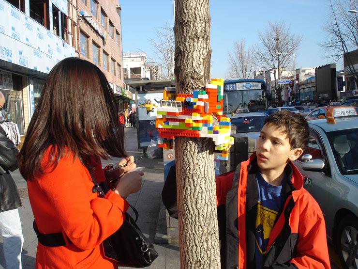 2012-12-12-brooklynstreetartjayemoonseoulsouthkorea1212web1.jpg
