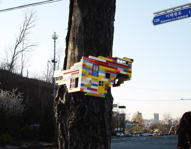 2012-12-12-brooklynstreetartjayemoonseoulsouthkorea1212web6.jpg