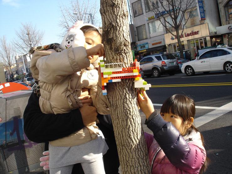 2012-12-12-brooklynstreetartjayemoonseoulsouthkorea1212web7.jpg