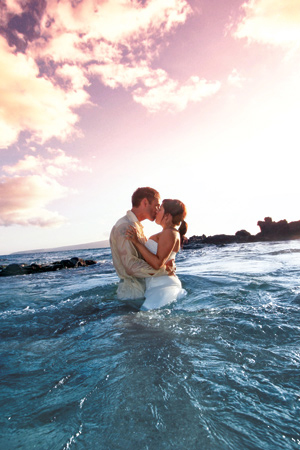 2017 12 13 Destinationwedding10reasonshuffpo Jpg