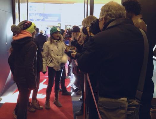 2012-12-13-redcarpet2hp.jpg