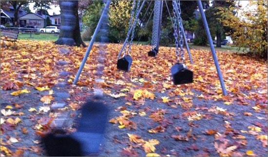 2012-12-16-swingsetinpark.jpg