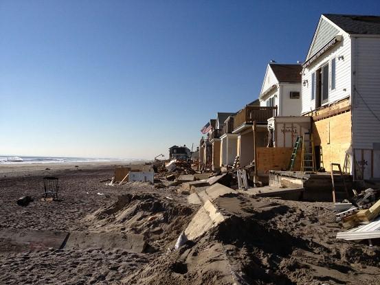 2012-12-18-hurricanesandyfarrockaway.jpg