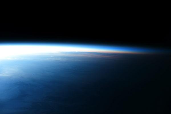 2012-12-18-kisalala-images-guy-laliberte-space-22.jpeg