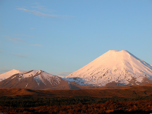 2012-12-19-MtNgauruhoe.jpg