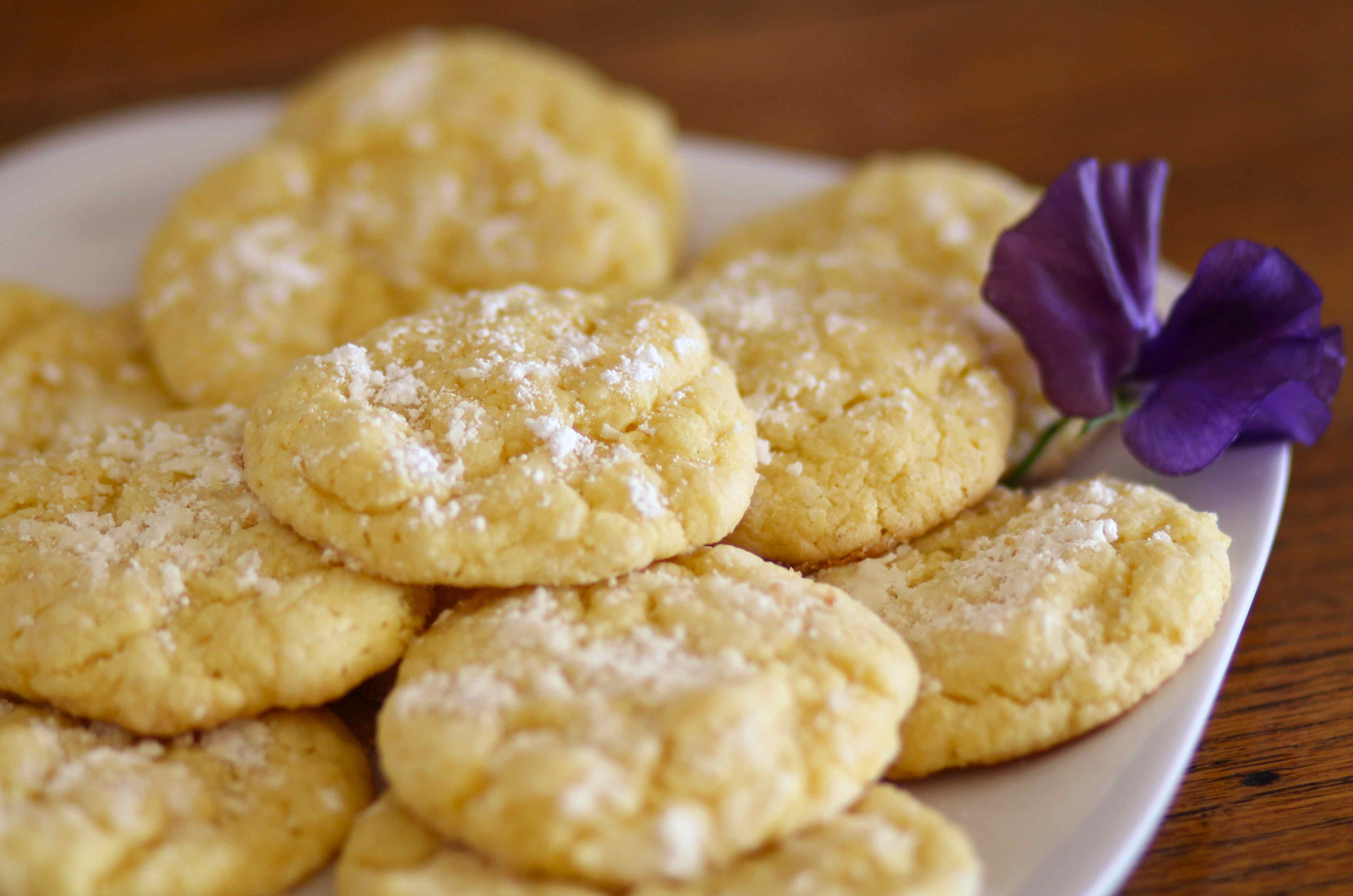 2012-12-20-lemongooeycookies.jpg