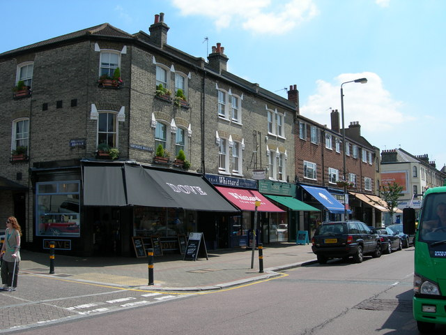2012-12-21-Northcote_Road_SW11_4__geograph.org.uk__187108.jpg