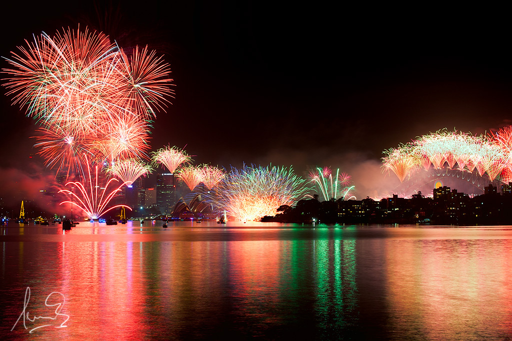 The Best New Year's Eve Fireworks Around The World
