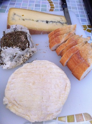2013-01-02-AccidentalLocavoreFrenchCheeses.jpg