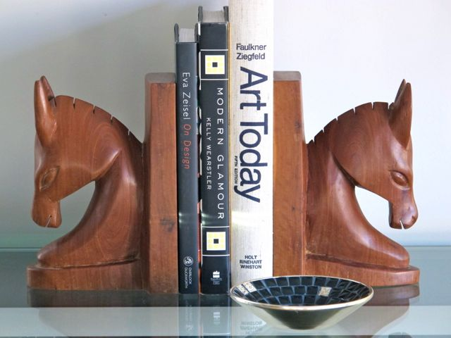 2013-01-06-midcenturybookends.jpg