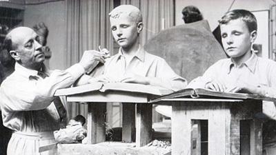 2013-01-08-Braillereadersculpture1.jpg