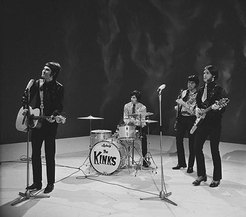 2013-01-08-Fanclub__The_Kinks_2.jpg