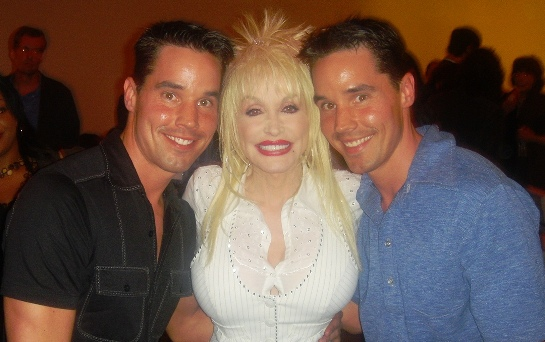 2013-01-08-LaneTwinswithDollyParton.jpg