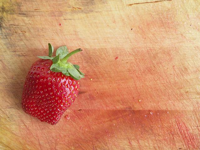 2013-01-10-strawberrycrepes7.jpg