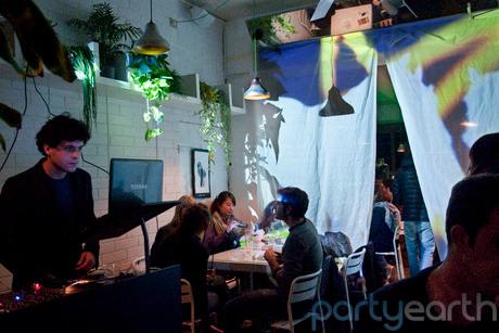 2013-01-11-PopCafe_Huffington.jpg