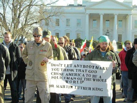 2013-01-19-MartinLutherKingpolicemanwebsize.jpg