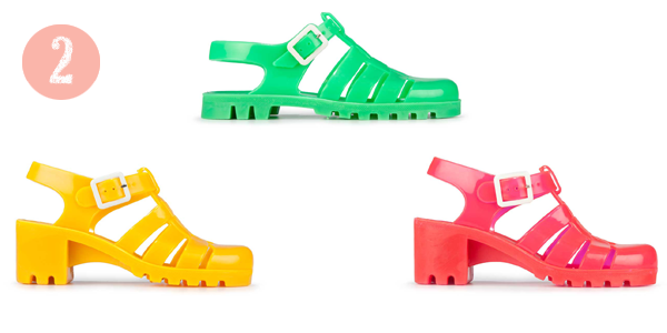 2013-01-25-Sarah_McGiven_Juju_jelly_shoes_UV_reactive_Spring_2013.png