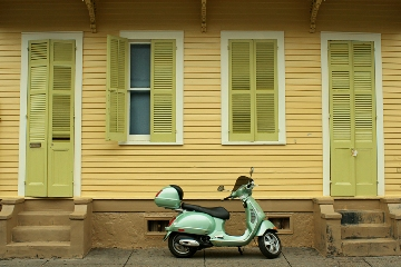 2013-01-28-frenchquarterscooter.jpg