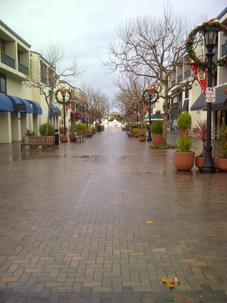 2013-02-01-MontereyPlaza.JPG
