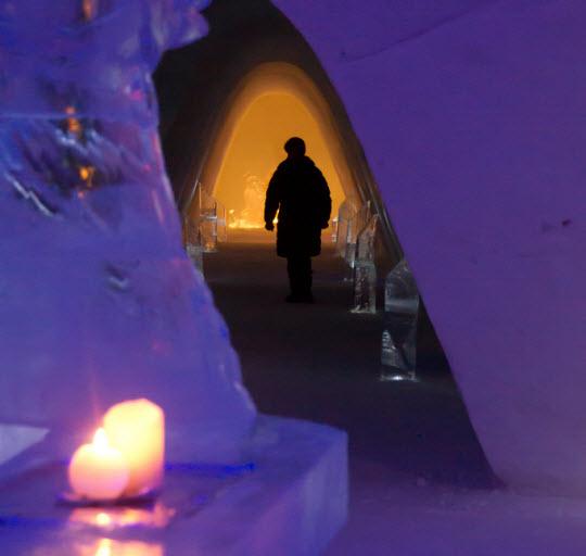 2013-02-08-KirkenesSnowHotel.jpg
