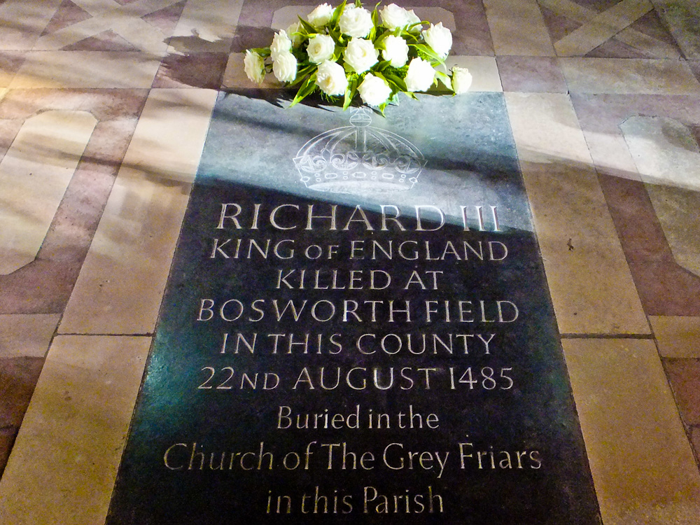 2013-02-08-RichardIIIMemorial.jpg