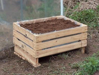 Huertos urbanos cambiar la compra por la recolecci n for Como hacer una mesa de cultivo casera