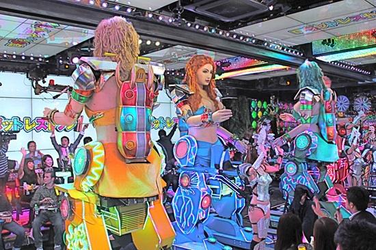 2013-02-13-resizedrobot1.jpg