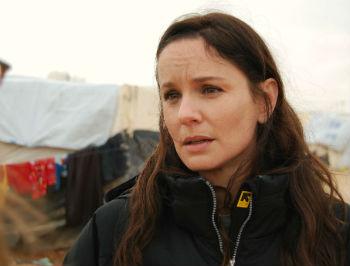 2013-02-14-Sarah_Wayne_Callies_Zaatari_IRC.jpg
