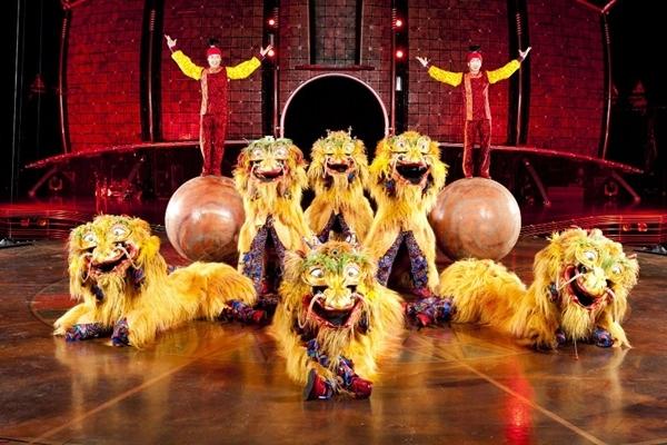 2013-02-25-CirqueDragons.jpg