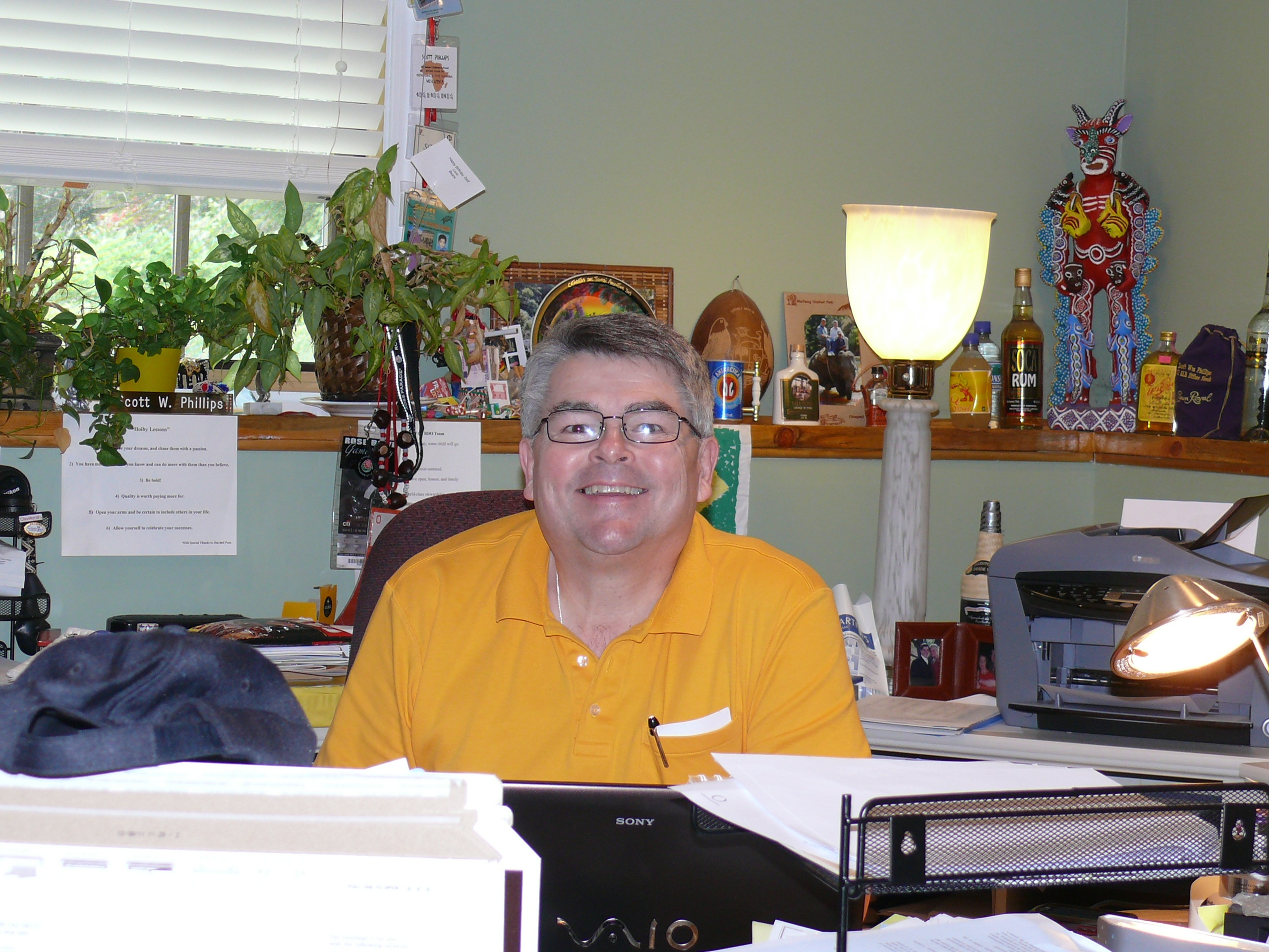 2013-02-28-Deskcloseup.jpg
