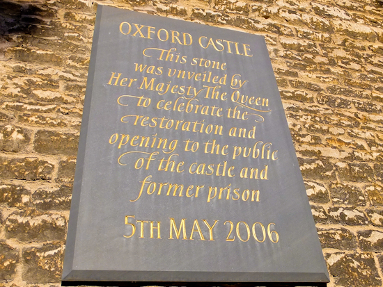2013-03-18-Oxfordcastlesign.jpg
