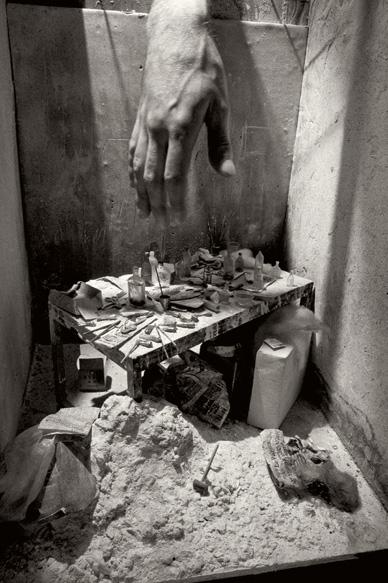 2013-03-20-kisalala-charles-matton-GiacomettiStudiowithhand.jpg
