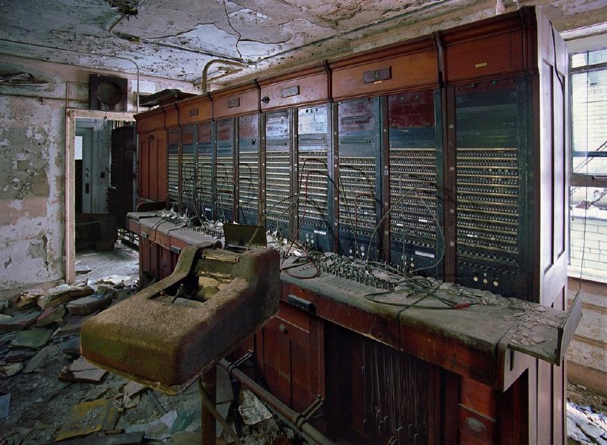 http://images.huffingtonpost.com/2013-03-20-kisalala-detroit-MarchandMeffreTelephoneSwitchBoardFortShelbyHotel.jpg